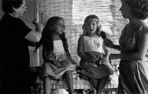 01-elena-ferrante-the-lost-child